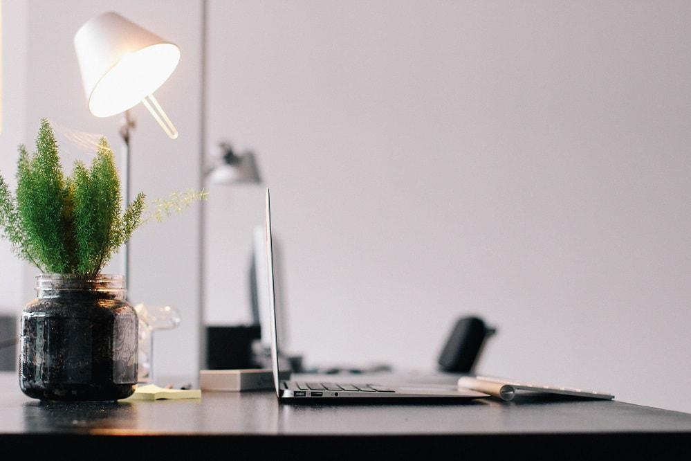 Paperless Office STORITY Schreibtisch